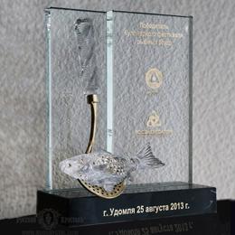 творческая награда кулинарам  из хрусталя бронзы и камня